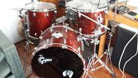 80's Gretsch USA drum set, 3 pieces, no hardware.