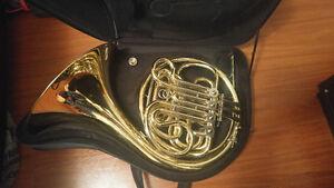 Hans Hoyer French Horn Model 802 (Mint)