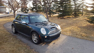 Well-Maintained 2006 Mini Cooper S Hatchback