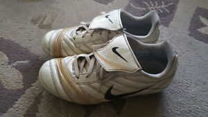 Size 3 Nike Soccer shoes