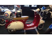 Vespa style 125cc 16 plate scooter for sale