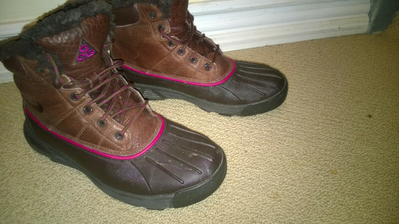 detailed look 262b6 bb47e ... Nike ACG Lunarstorm Womens Boots Size 9 US Other Mississauga Peel  Region ...
