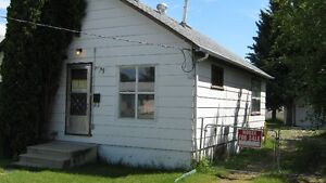 Starter home or revenue property on large lot