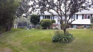 8 Carleton Drive