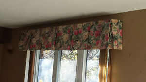 Floral Window Valance London Ontario image 3