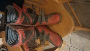 size 9 mens thor boots hardly used