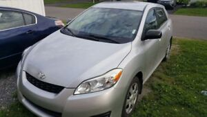 Toyota Matrix 2010-NÉGOCIABLE