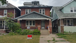 Student Property Invest Close to University of Windsor