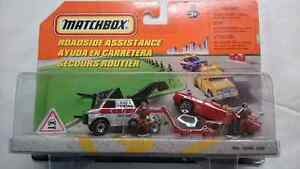 MATCHBOX ROADSIDE ASSISTANCE SET WITH TOW TRUCK AND CAR DIECAST