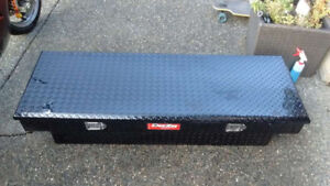 Dee Zee Black diamondplate 5ft toolbox