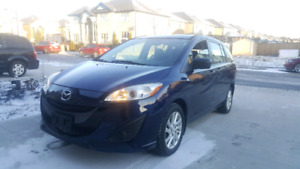 2012 Mazda 5 Minivan is Excellent Condition LOW KMs