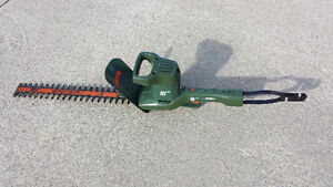 "16"" Electric Hedge Trimmer"