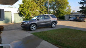 LEASE TAKE OVER - 2010 GMC Acadia $6500. FIRM