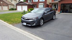 2012 Toyota Camry XLE Sedan; Clean, low miler WITH WARRANTY!