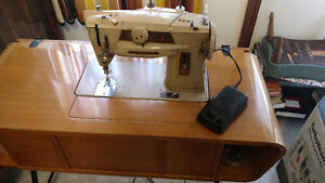 SEWING MACHINE WITH CABINET, SINGER FOR SALE, FABRIC, YARNS,