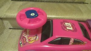 Barbie Pink Riding Car for Toddler---Sounds and Lights Kingston Kingston Area image 5