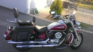 Yamaha VSTAR 1100 2004 À Vendre Excellente Condition