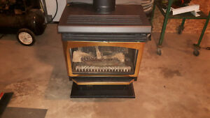 Majestic 30000 BTU propane upright fireplace