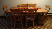 Table de Cuisine en bois avec 6 chaise