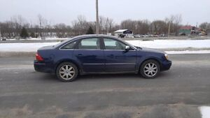 Ford Five Hundred AWD 2006         FINANCEMENT MAISON !!!