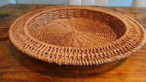 Wicker Tray / Cabaret en osier