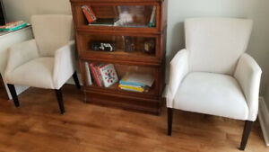 White upholstered chairs (pair for sale)