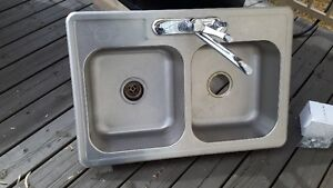 Stainless Steel Double Kitchen Sink with Single Lever Faucet and