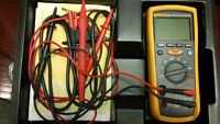 Fluke 1587 Insulation Multimeter close to new in original case.