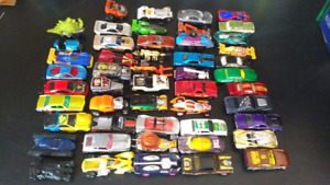 Hot wheels lot of diecast cars (57)