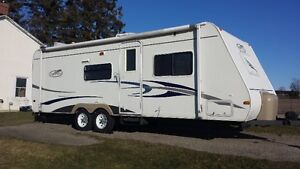 26ft Trail Cruiser Ultra-Lite  ONLY 3500lbs