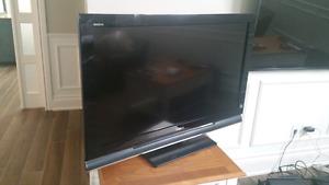 "Sony Bravia 40"" LCD 1920x1080"