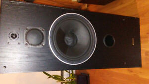 Paired Speakers Sansui 120 Watts 40 $ or make an offer...
