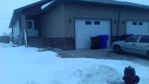 Half Duplex is for rent in Olds AB