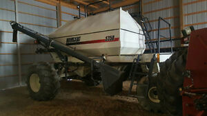BOURGAULT 5710 DRILL & BOURGAULT 5350 CART