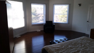 Room for rent in Nobel( 5 min from Parry Sound)