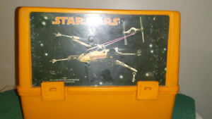 1977 authentic STAR WARS lunch box