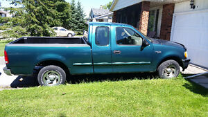 "1998 Ford F-150 Pickup Truck SOLD ""AS IS"" FOR PARTS ONLY London Ontario image 2"