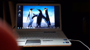 Sony Vaio Windows 7 Edition Familiale PCG-7184L