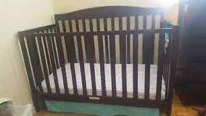 Baby crib for sale!