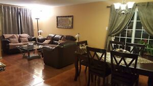 Lovely and Spacious Back Split Semi Detached House for Sale Kitchener / Waterloo Kitchener Area image 2