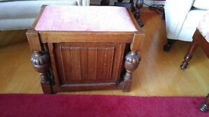 Antique 1/4 Oak Footstool with storage