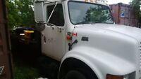 2001 Tilt & Load Tow Truck