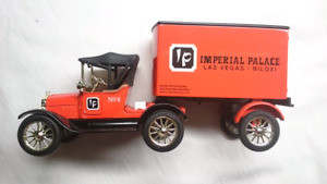 ERTL 1918 FORD CAB AND TRAILER IMPERIAL PALACE LAS VEGAS DIECAST