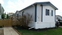 Beautiful Mobile Home in Parkland Village Spruce Grove