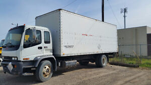 2007 GMC T7500 with a power tailgate