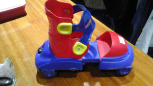 PATIN  A  ROULETTE ,FISHER PRICE