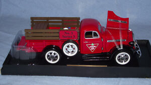 CANADIAN TIRE 1938 STUDEBAKER DIE CAST PICK UP