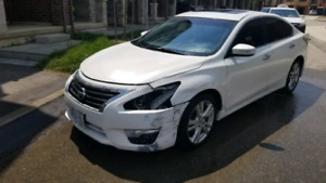 2014 Nissan Altima 3.5SL V6 *Loaded*