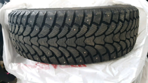 Studded Winter Tires- Like New- 15's