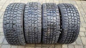 Set of 4 Winter Snow Tires & Rims 225/50/R17